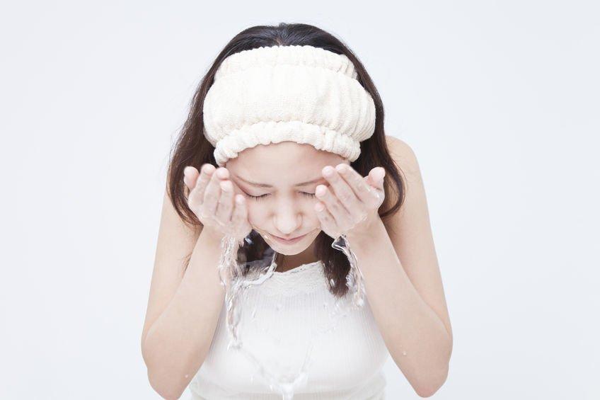 你真的會洗臉嗎?七步驟教你正確的洗臉方式!