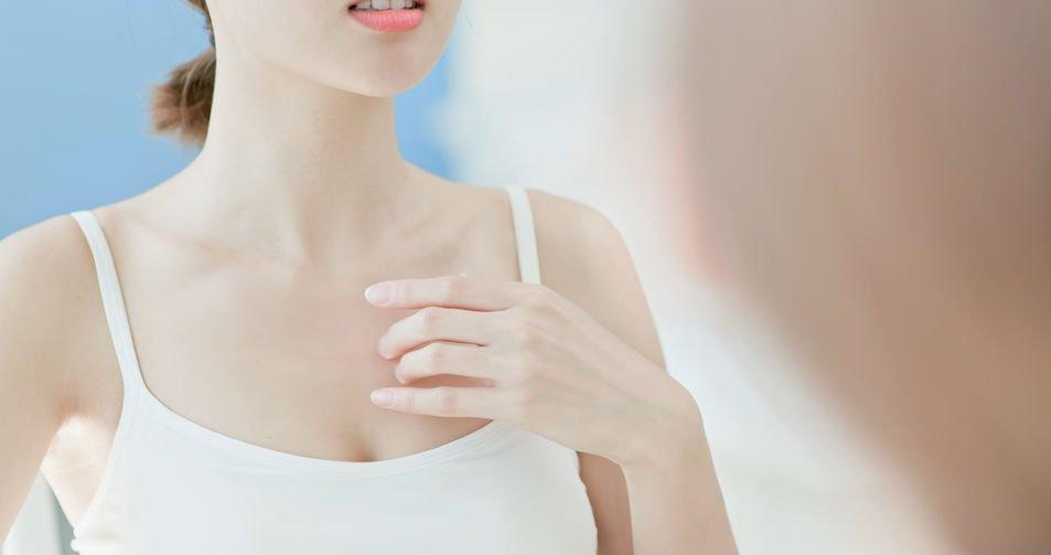 避免穿不透氣材質Nu Bra引發乳房濕疹