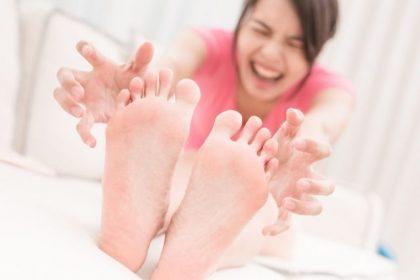 什麼是香港腳(足癬)?香港腳的症狀與治療、預防,讓專家告訴你!